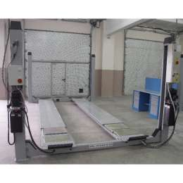 WERTHER 450JC5 Электрогидравлический, г/п 5000 кг. Платформы: 5700х630 мм. Встроенный детектор люфтов