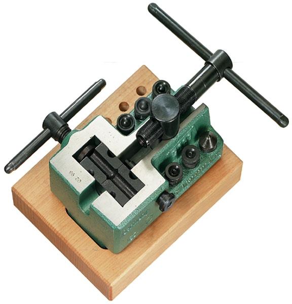 Развальцовочный инструмент
